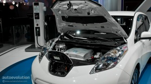 2013-naias-updated-nissan-leaf-is-made-in-usa-live-photos_2
