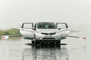 nissan-note-boat